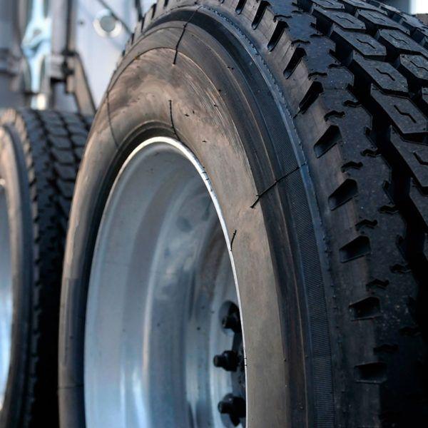 Consejos para mantener los neumáticos del camión en buen estado 1